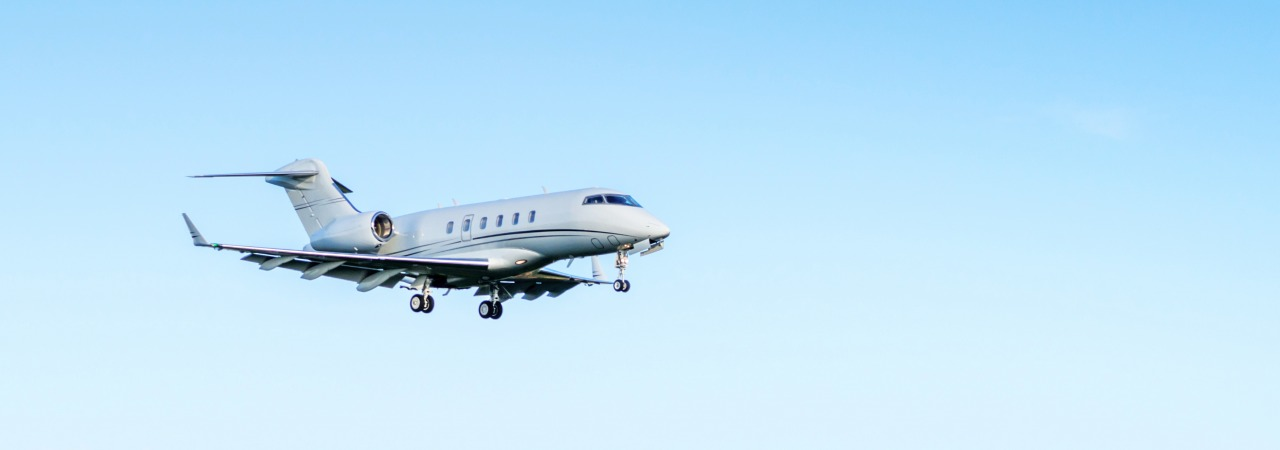 Bombardier Challenger CL300 in flight