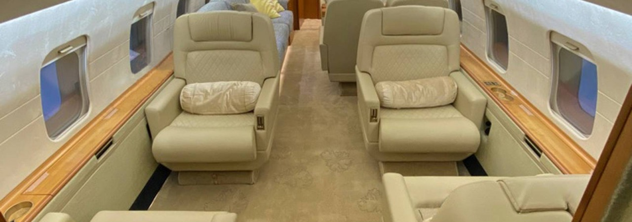 Bombardier Challenger 604 interior modifications